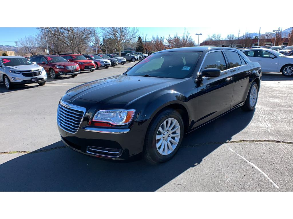 Pre-Owned 2014 Chrysler 300 Touring